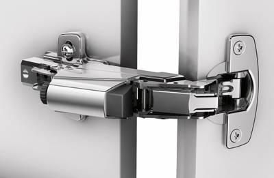 Schnellmontage-Topfscharnier Intermat 9956 mit Topf im Sensys Design, Öffnungswinkel 165°